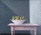 Peren in schaal op tafel. 60x70 cm.